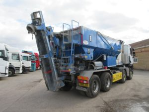 2016 66 RENAULT K430 WITH BAY-LYNX 10M60